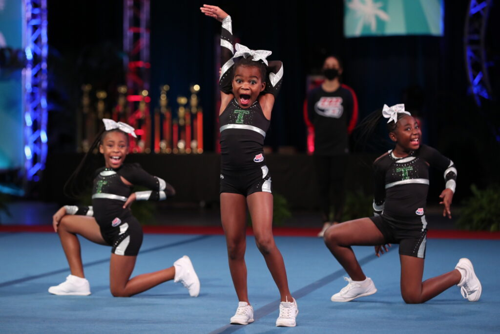 With approximately 100,000 members nationwide, Pop Warner Little Scholars hosts a major cheer and dance event, the Pop Warner National Championships.